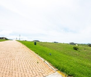 R 1,140,000 -  Land For Sale in Le Grand George Golf Estate