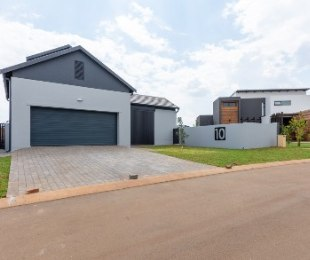 R 3,570,000 - 4 Bed Property For Sale in Midstream Estate