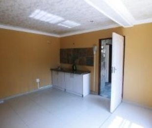 R 2,500 - 1 Bed Flat To Rent in Krugersdorp