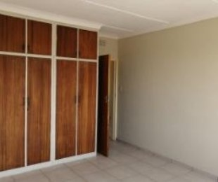 R 4,200 - 1 Bed Flat To Rent in Observatory