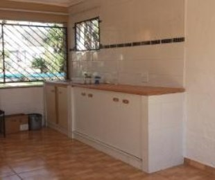 R 4,500 - 2 Bed Flat To Let in Primrose