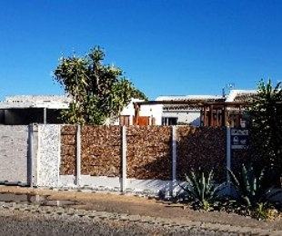 R 1,895,000 - 4 Bed Property For Sale in Marina Da Gama