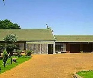 R 1,500,000 - 4 Bed Plot For Sale in Sundra