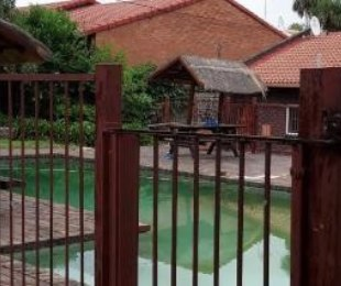R 4,000 - 1 Bed Flat To Rent in Ferndale