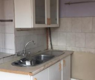 R 7,000 - 3 Bed House To Rent in Bezuidenhout Valley