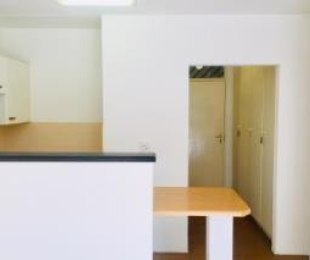 R 4,200 - 1 Bed Property To Rent in Lyndhurst