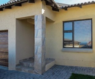 R 1,270,000 - 3 Bed Property For Sale in Hartenbos