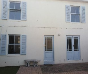 R 11,500 - 3 Bed Home To Rent in Parklands