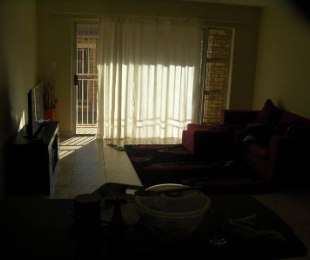 R 3,600 - 1 Bed Apartment To Rent in Eastleigh