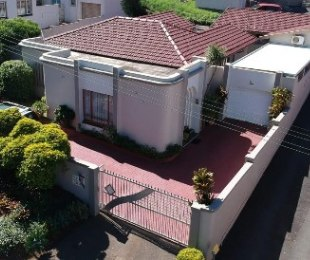 R 1,799,000 - 3 Bed House For Sale in Parlock