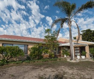 R 3,495,000 - 5 Bed House For Sale in Milnerton