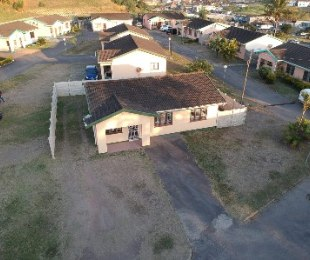R 945,000 - 3 Bed Property For Sale in Parlock