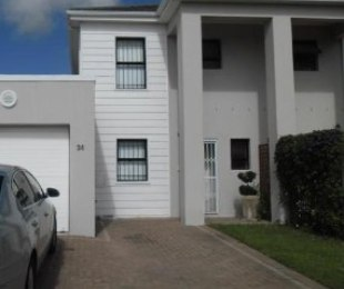 R 10,500 - 2 Bed House To Let in Parklands
