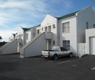 R 7,000 - 1 Bed Apartment To Rent in Table View
