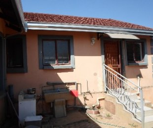 R 990,000 - 3 Bed House For Sale in Philip Nel Park