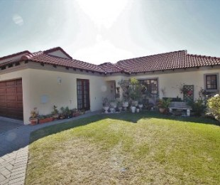 R 1,825,000 - 3 Bed Property For Sale in North Riding