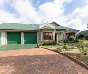 R 1,600,000 - 3 Bed House For Sale in Heidelberg Central