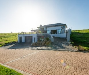 R 4,950,000 - 4 Bed Property For Sale in Le Grand George Golf Estate