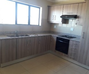 R 11,500 - 3 Bed Flat To Let in Morningside