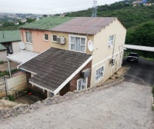 R 6,000 - 3 Bed Home To Rent in Newlands East