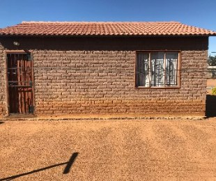 R 185,000 - 2 Bed House For Sale in Mabopane