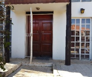 R 6,500 - 2 Bed Home To Rent in Kensington