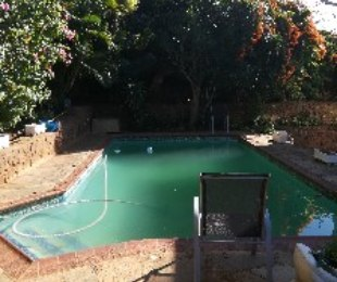 R 1,600,000 - 5 Bed House For Sale in Greenwood Park