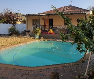 R 1,150,000 - 4 Bed Property For Sale in Primrose