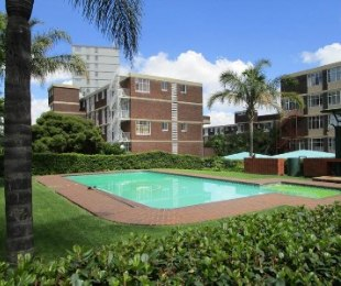 R 949,000 - 3 Bed Flat For Sale in Bedford Gardens