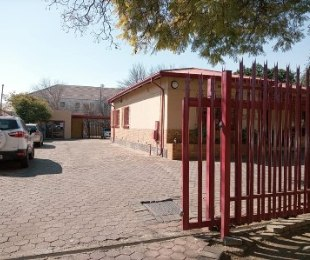 R 3,500,000 -  Commercial Property For Sale in Kempton Park