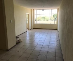 R 5,300 - 2 Bed Flat To Let in Edenvale Central