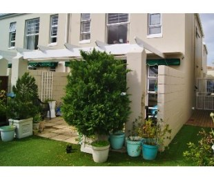 R 2,295,000 - 3 Bed House For Sale in Lakeside