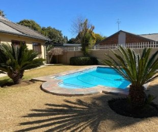 R 1,680,000 - 4 Bed Home For Sale in Impala Park