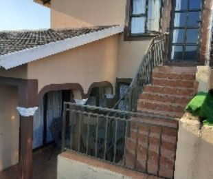 R 1,050,000 - 3 Bed House For Sale in Newlands West