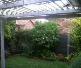 R 1,340,000 - 3 Bed Property For Sale in Eldoraigne