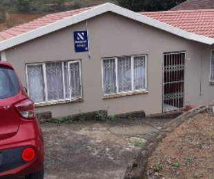 R 699,000 - 2 Bed House For Sale in Newlands West