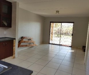 R 849,000 - 2 Bed Property For Sale in Allens Nek