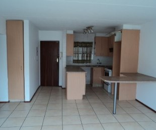R 569,000 - 3 Bed Flat For Sale in Weltevreden Park