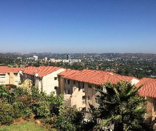 R 820,000 - 2 Bed Property For Sale in Primrose Hill