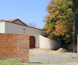 R 1,550,000 - 4 Bed Home For Sale in Braelyn