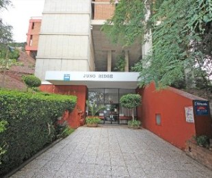 R 450,000 - 1 Bed Apartment For Sale in Kensington