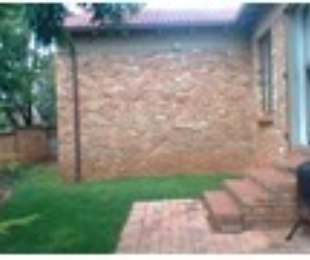 R 7,400 - 2 Bed Property To Rent in Weltevreden Park