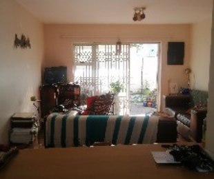 R 8,200 - 2 Bed Apartment To Let in Bloubergrant