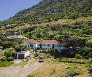 R 6,500,000 - 6 Bed House For Sale in Kalk Bay