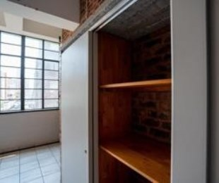 R 2,500 - 1 Bed Apartment To Rent in Johannesburg Central