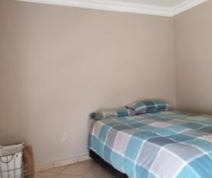 R 1,200 - 1 Bed House To Rent in Orlando West