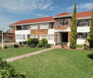 R 375,000 - 1 Bed Apartment For Sale in Towerby