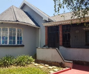 R 9,500 - 4 Bed Home To Rent in Kensington