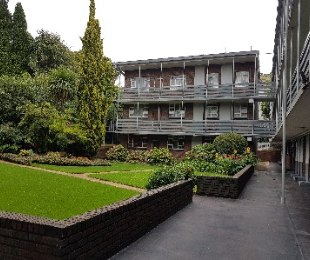 R 1,150,000 - 2 Bed Property For Sale in Morninghill