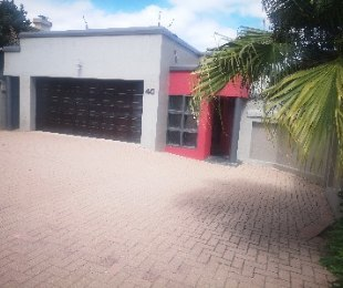 R 2,995,000 - 4 Bed Home For Sale in Marais Steyn Park